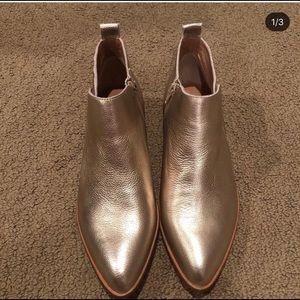 Brand New size 9 Corso Como Boots